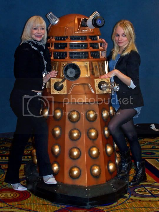 Katy Manning with A New Series Dalek (and Georgia Moffat) at Galifrey 21